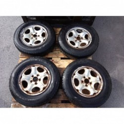 4 roues land rover freelander